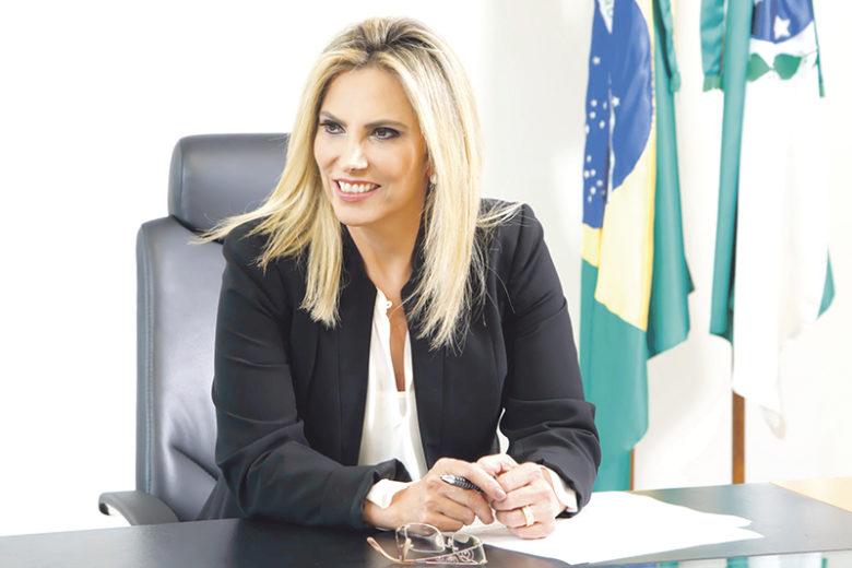 Governadora Cida Borghetti fala do carinho  especial pelo Ilustrado e pelo impresso