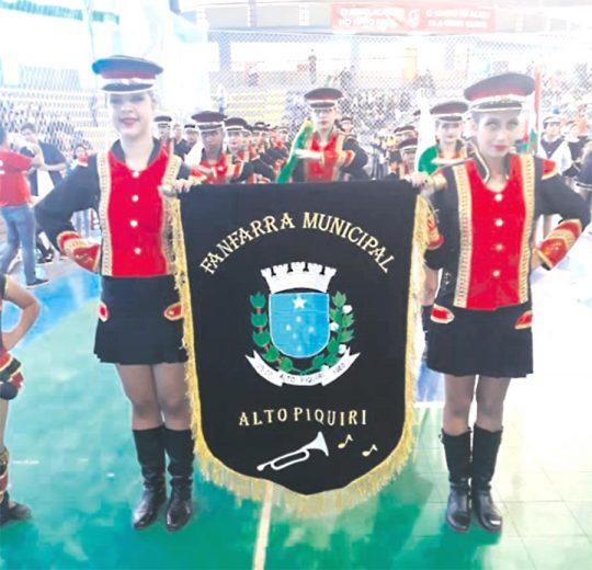 Fanfarra de Alto Piquiri fez bonito em competição que disputou em Lajes-SC