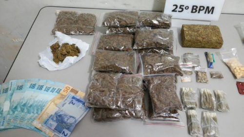 apreensão de ecstasy e maconha em casa na rua belem em Umuarama