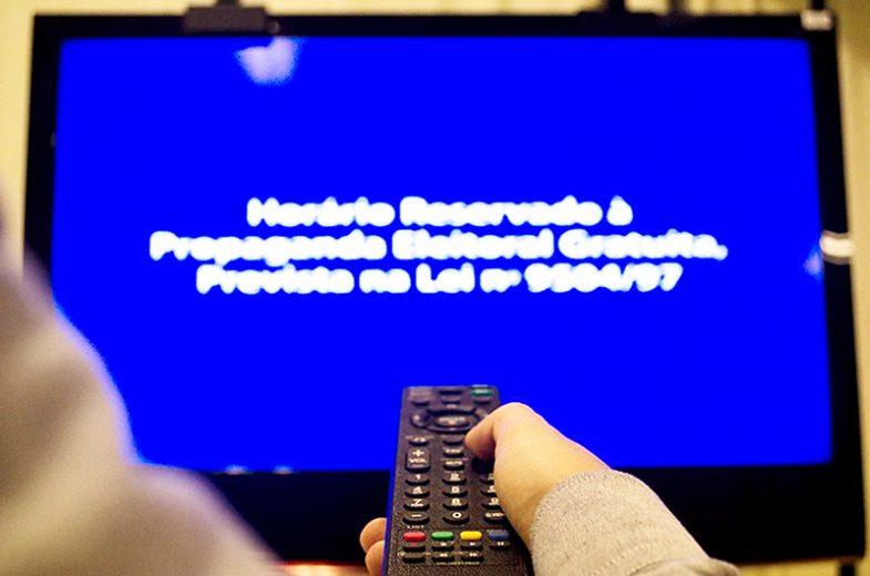 Audiência cai até 26% durante horário eleitoral nas emissoras de televisão
