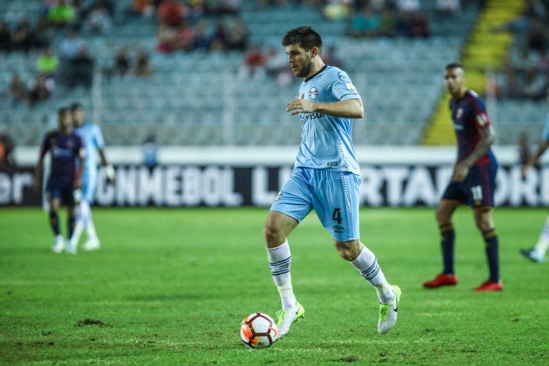 O zagueiro Walter Kannemann, do Grêmio, também foi convocado