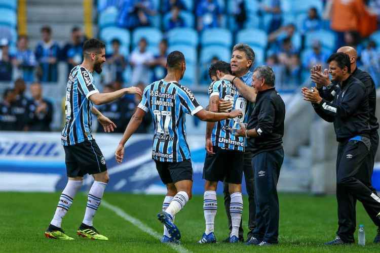 Grêmio volta à Argentina nesta terça para  evitar novo sufoco na Libertadores