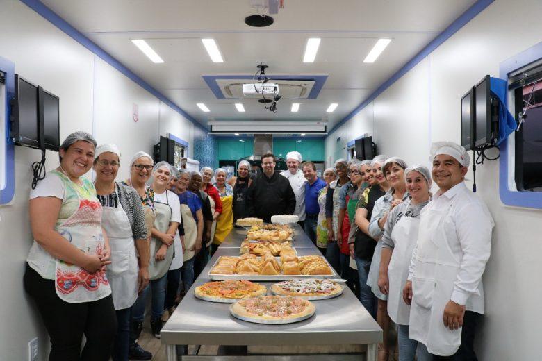 Cursos de formação profissional ajudam  trabalhadores na capacitação em Pérola