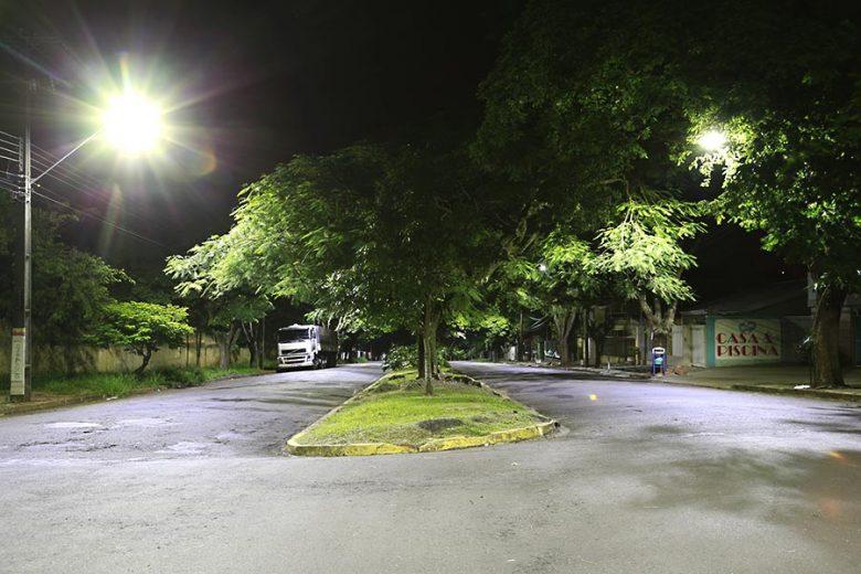 Implantação de iluminação em LED avança por mais regiões da cidade