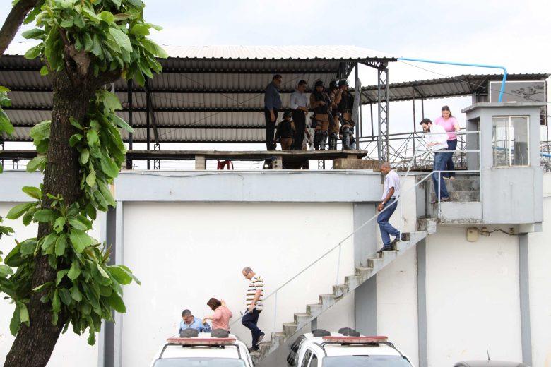 Após ver precariedade de cadeia, vereadores concluem por nova construção