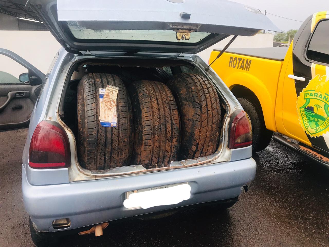 Cigarros e pneus contrabandeados apreendidos pela PRE