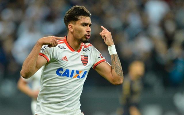 Com dois gols de Paquetá, Corinthians perde do Flamengo