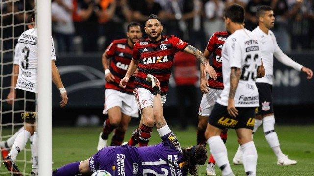 Corinthians esquece Copa do Brasil e se concentra no Flamengo