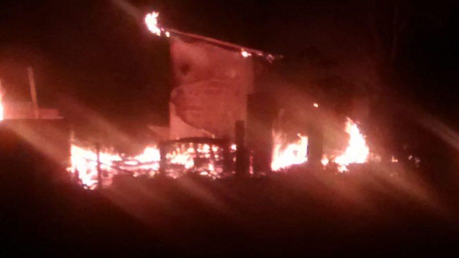 Terror volta assombrar a região com mais um incêndio em residência