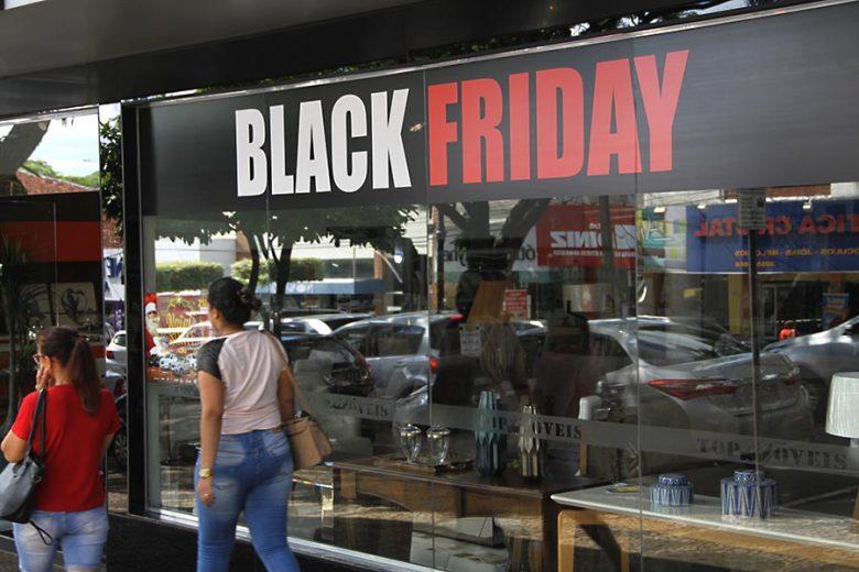 Procon orienta consumidores para a  promoção Black Friday do fim de semana