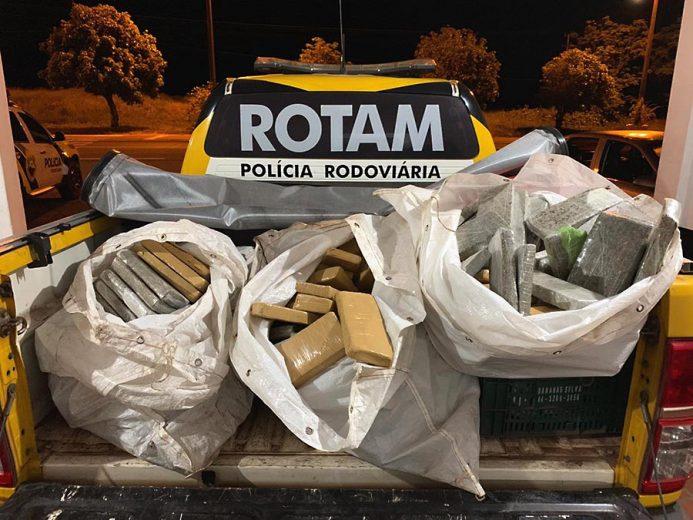 Polícia Rodoviária aprende 154 kg de maconha na PR-323