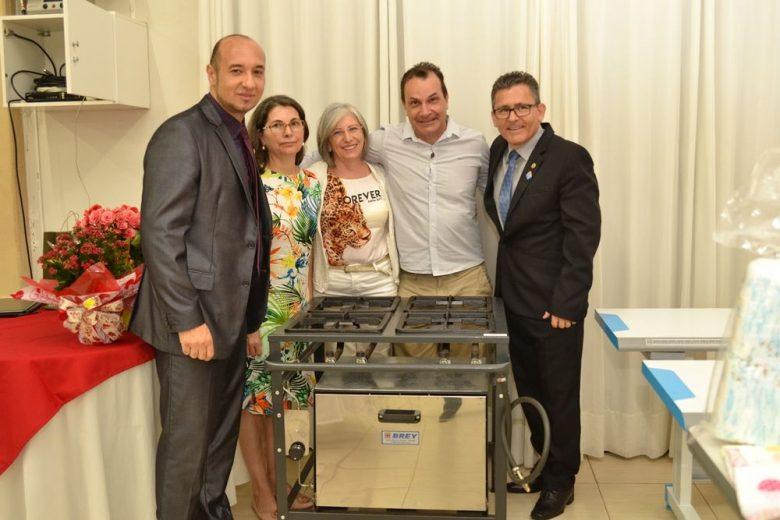 Três projetos sociais são beneficiados com ação do Rotary Club Umuarama Catedral