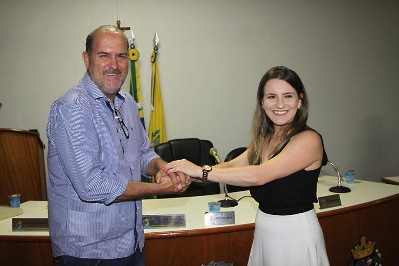 Jéssica é eleita presidente da Câmara de Terra Roxa por unanimidade