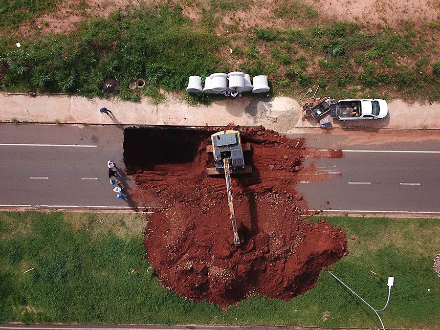 avenida-parigot-buraco-umuarama