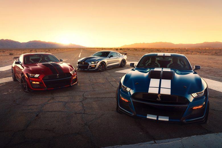 Mondadora Ford apresenta os novos Shelby GT500 no Salão de Detroit