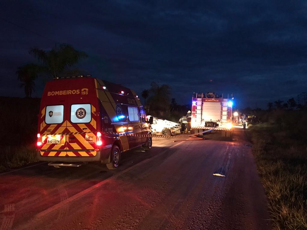 Mulher grávida e outras 2 pessoas morrem em acidente em Mariluz
