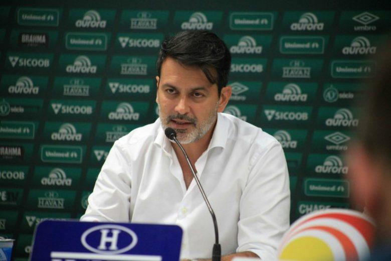 Athletico demite Rui Costa após seis meses como diretor de futebol