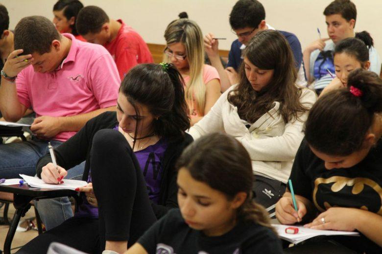 Mais de 100 mil estudantes zeraram a redação do ENEM