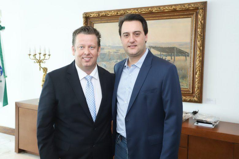 Ratinho Junior lança Darlan Scalco para a presidência da AMP