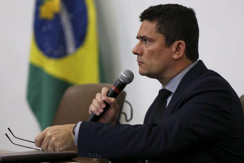 Pacote de Moro prevê prisão após segunda instância e criminalização do caixa 2
