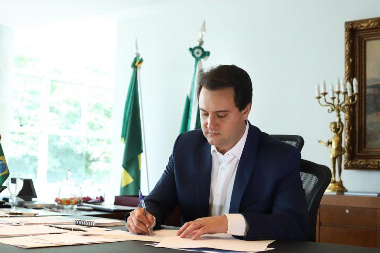Ratinho Junior propõe o fim da aposentadoria de governadores