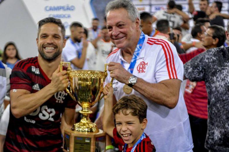 Flamengo volta a bater O Vasco por 2 a 0 e conquista o seu 35º título do Carioca