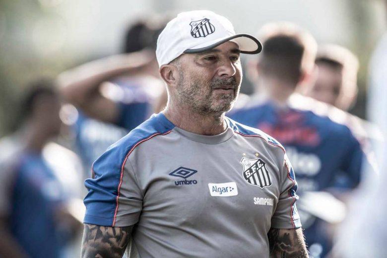 """Sampaoli reprova atuação do Santos após derrota: """"O Corinthians jogou como quis"""""""