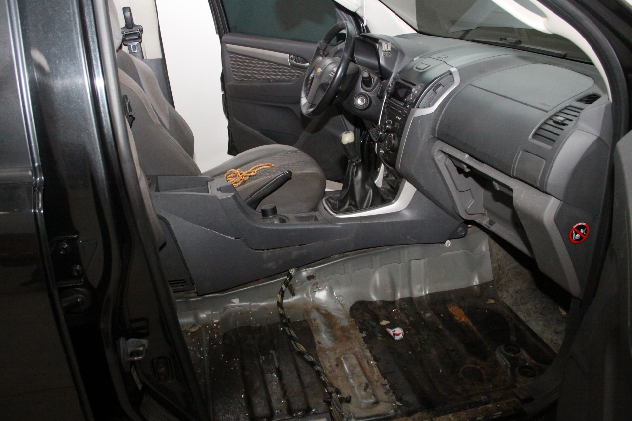 Apreendidos veículos com suspeita de  uso para transporte de contrabando