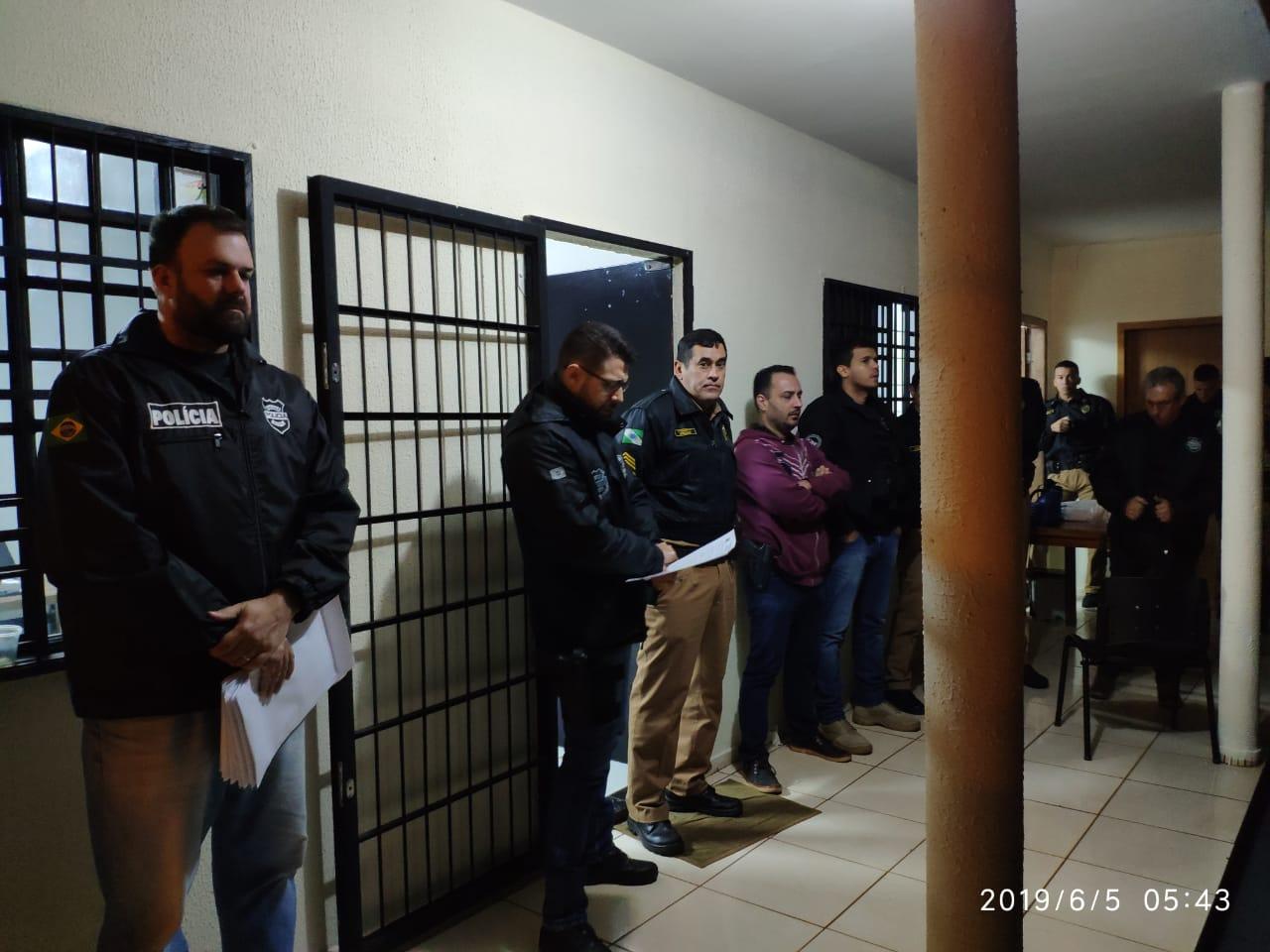 Preso suspeito de matar pintor dentro  do banheiro de casa em Douradina