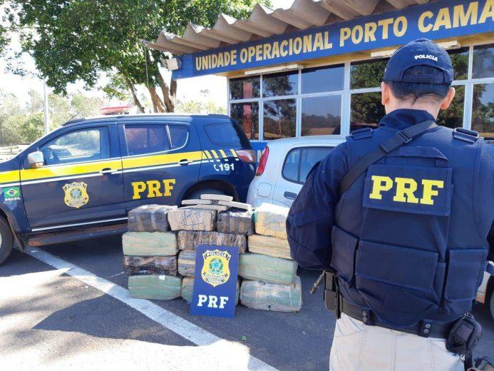 PRF apreende 320 quilos de maconha em Alto Paraíso