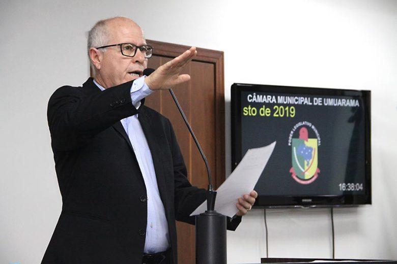 Toninho Comparsi é empossado como vereador e garante trabalhar perante a lei
