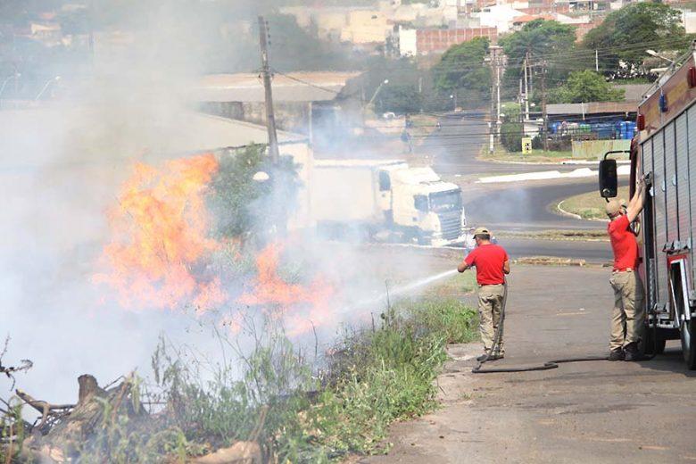 Grave acidente no Paraná acende alerta para perigo de queimadas