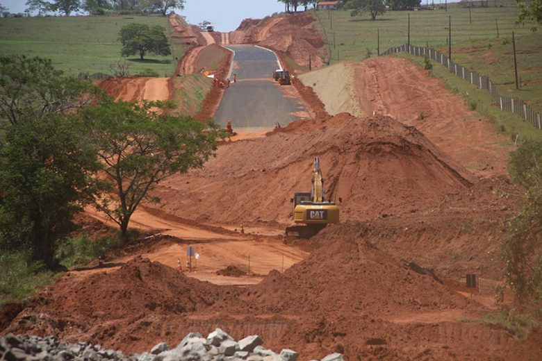 estrada-rodovia-boiadeira-icaraima-parada