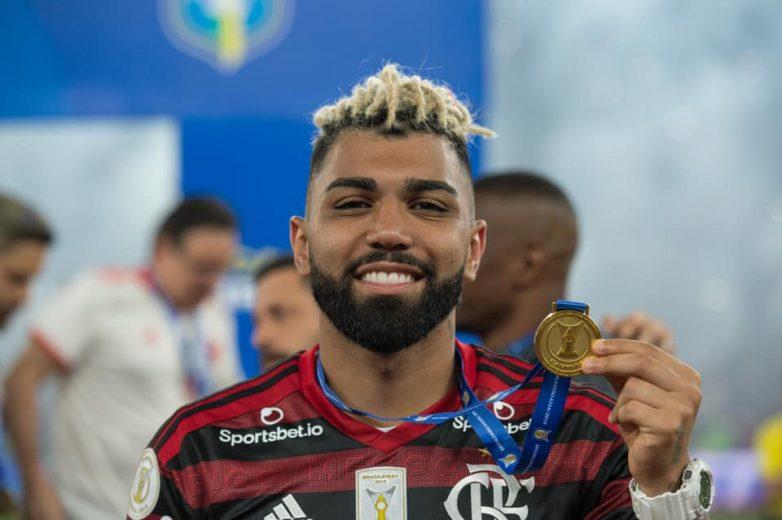 Flamengo vive impasse com Gabriel e sonda Cavani e Diego Costa como substitutos
