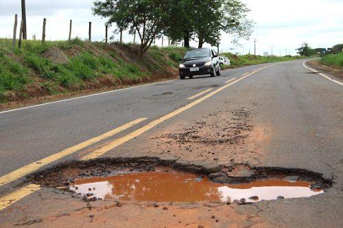 buraco-rodovia-umuarama-vergonha