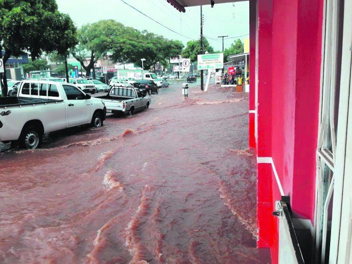 avenida-brasil-enxurrada