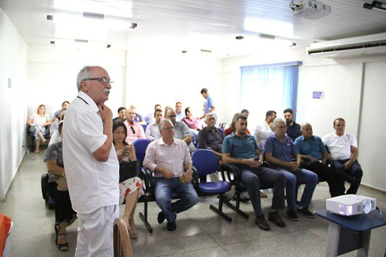 Médico chama a atenção da região para os riscos de mortes com a dengue