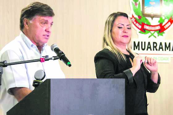 Pozzobom decreta situação de emergência e fecha o comércio em Umuarama