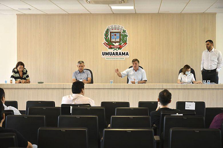 prefeito-decreto-umuarama