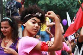 Mulheres são quase metade dos filiados, mas só 21% dos dirigentes de partidos