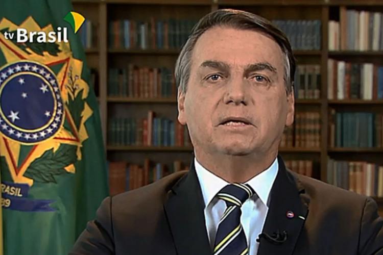 Bolsonaro diz que CPI da Covid é 'carnaval fora de época'