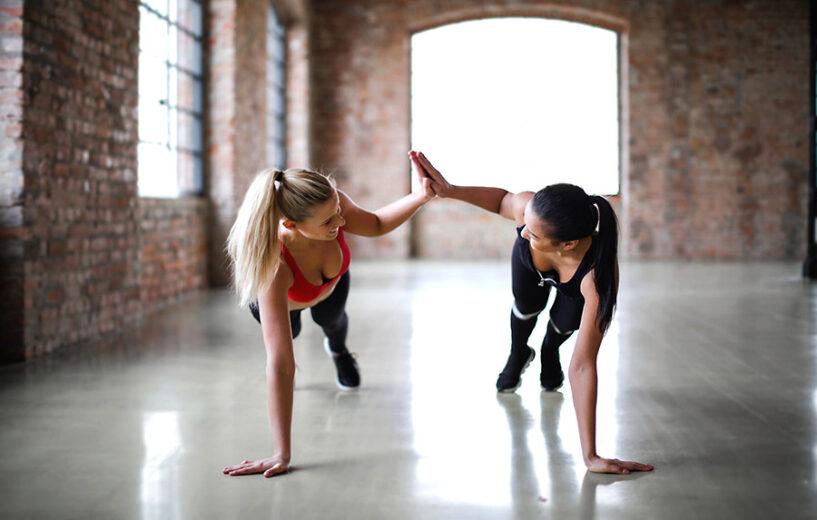 Hobbies que demandam pouco tempo e ajudam a desenvolver novas habilidades crescem em popularidade