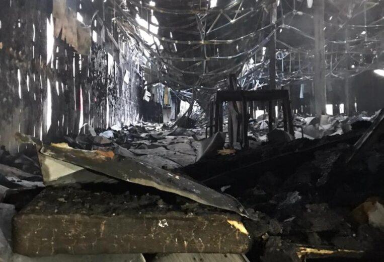 Peritos investigam causa de incêndio em obras da Frimesa de Assis Chateaubriand