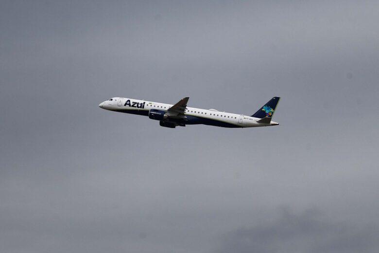 Umuarama e outras 10 cidades do Paraná passam a ter voos da Azul em 2022