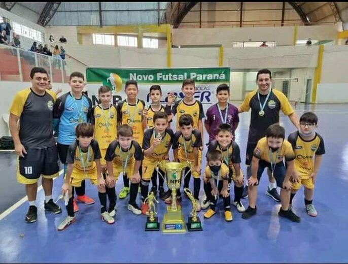 Caliari Futsal de Umuarama é campeão da NFP com dois jogadores revelação