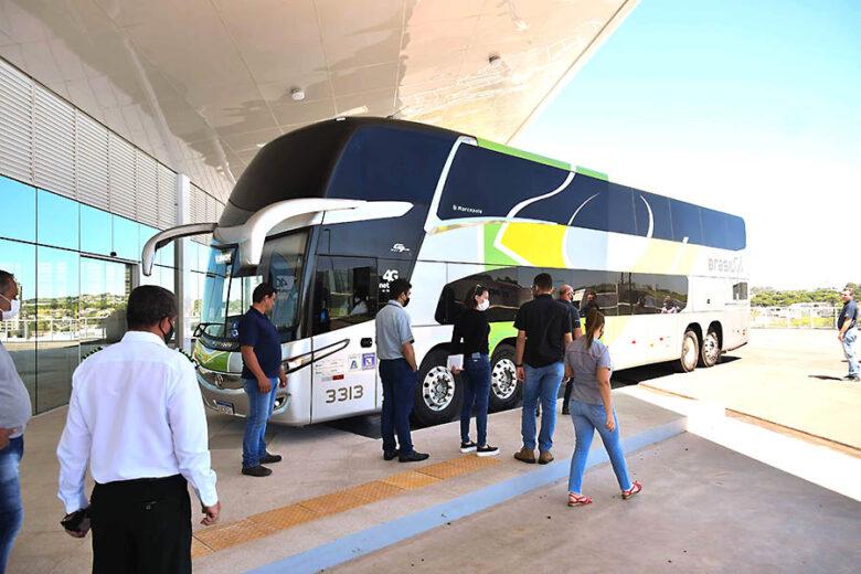 Empresas de transporte de passageiros e PMU discutem ajustes para nova rodoviária