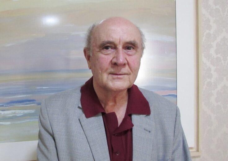 Há quase 60 anos em atividade, Dr. Gil é exemplo para a classe médica